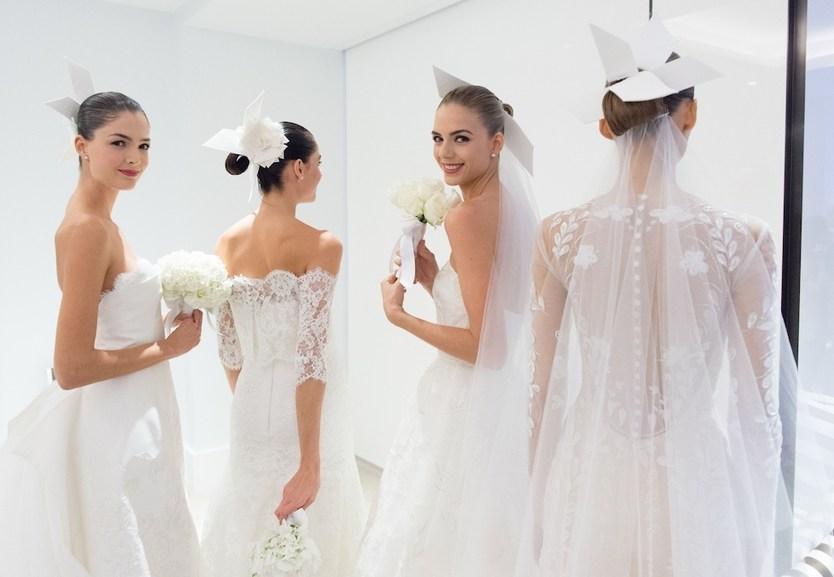 бэкстейдж показа свадебной коллекции Carolina Herrera 2015 в Нью-Йорке