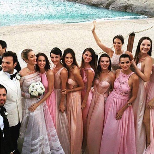 На свадьбу Анны Беатрис Баррос и Карима Эль Саити было приглашено свыше 400 гостей