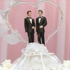 Во Франции разрешили однополые браки