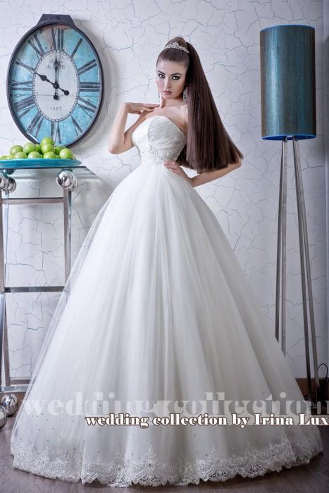 Хочу сказать огромное спасибо салону за помощь в выборе свадебного платья и осуществления моей мечты! Салон просто супер, цены адекватные, большой выбор и