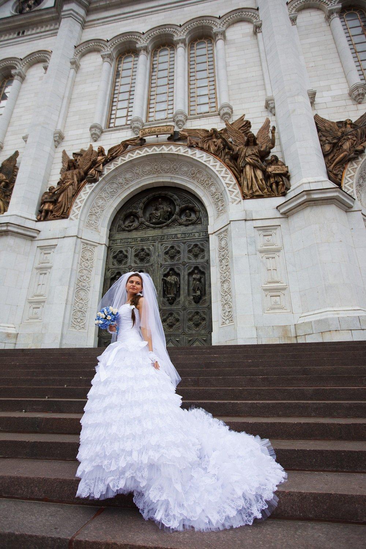 Платье Со Шлейфом Отстегнуть