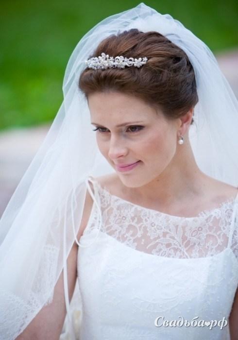 Причёски на свадьбу не невесте