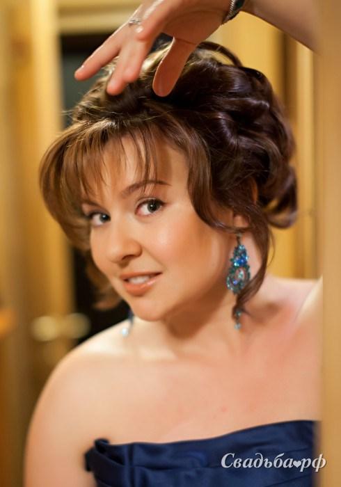 Прическа на свадьбу гостям на короткие волосы