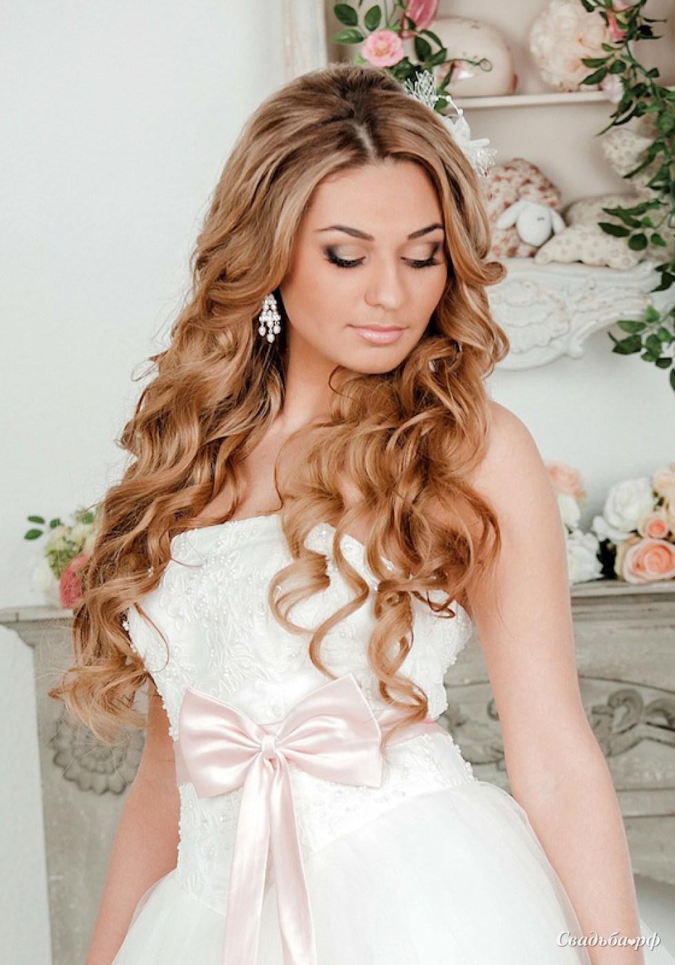 свадебные прически на роспущенные волосы