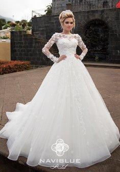 542446aefb3fa65 Свадебные платья 2018 года. Новые коллекции свадебных платьев 2018 года,  каталог 86 фото. Купить модные свадебные платья 2018 в Москве, цены от  10500 руб.