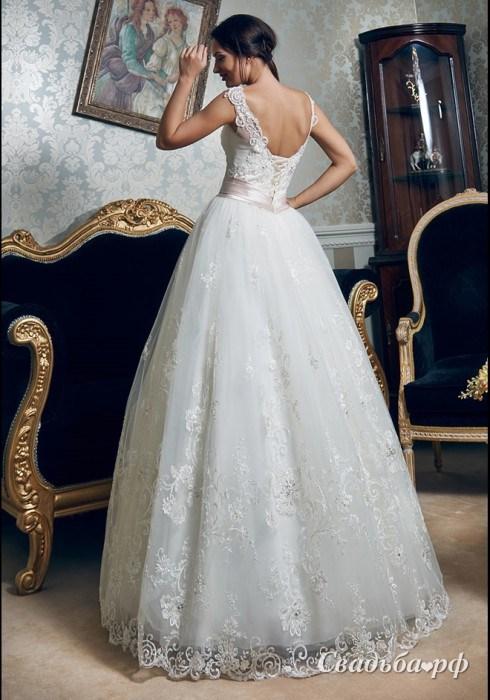 недорогое свадебное платье б/у в Омске