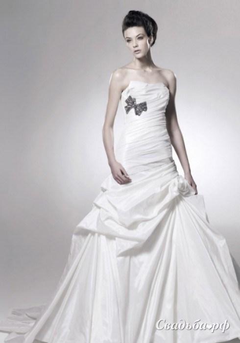 a e bridal case