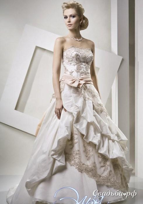 Самое красивое короткое свадебное платье 6