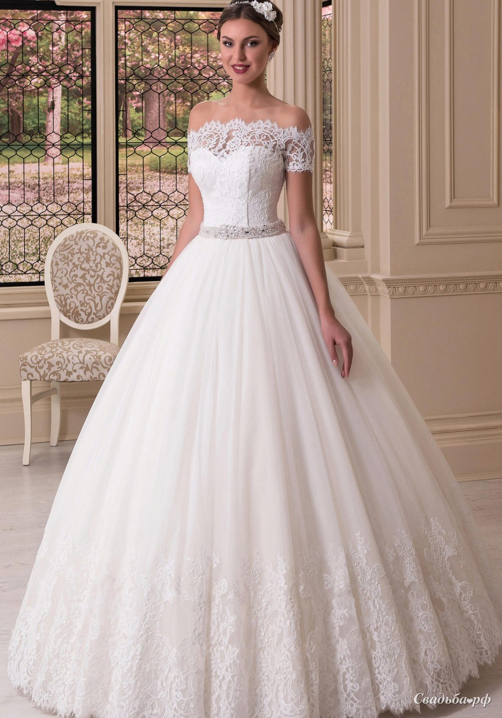 Свадебные платья искать
