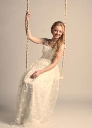 Пошив свадебных и вечерних платьев.  Продажа готовых платьев.
