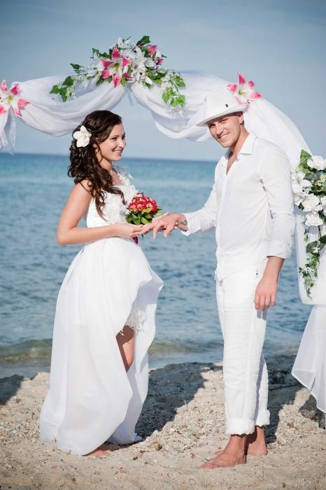 DataLife Engine Версия для печати Свадебные платья для гостей.